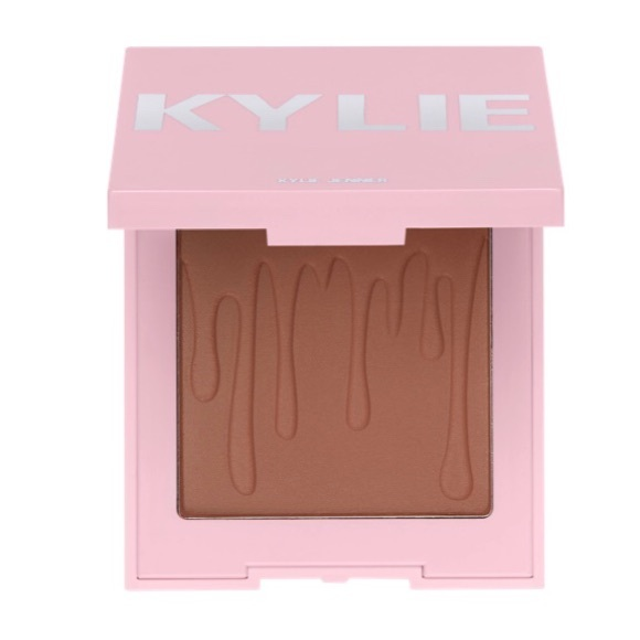 """Kylie Cosmetics Other - 💋Kylie Cosmetics- """"Tanned & Gorgeous"""" Bronzer.💋"""